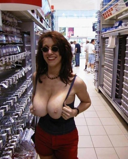 Public Flashing Pics Hotwife Pics Flashing Store Pics Boobs Flash Pics