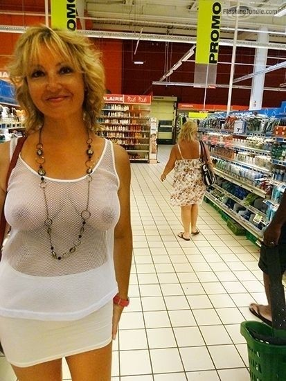 Public Flashing Pics Mature Flashing Pics Hotwife Pics Boobs Flash Pics