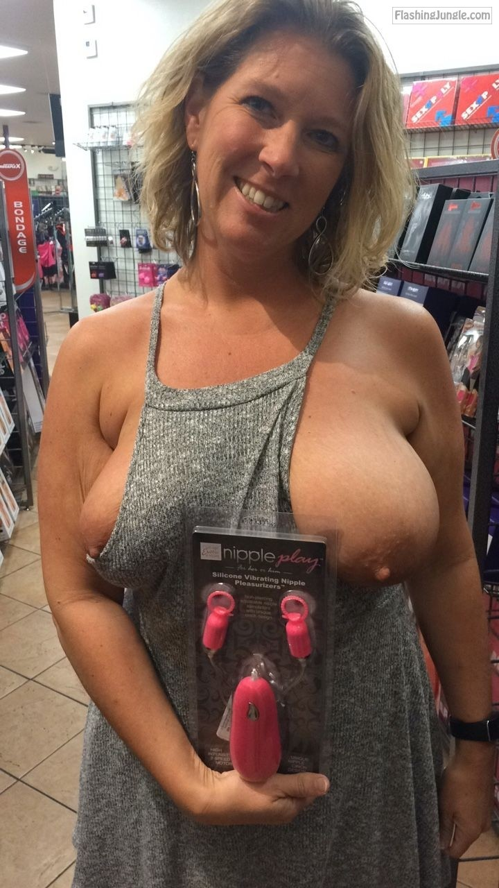 Big titties of walmart