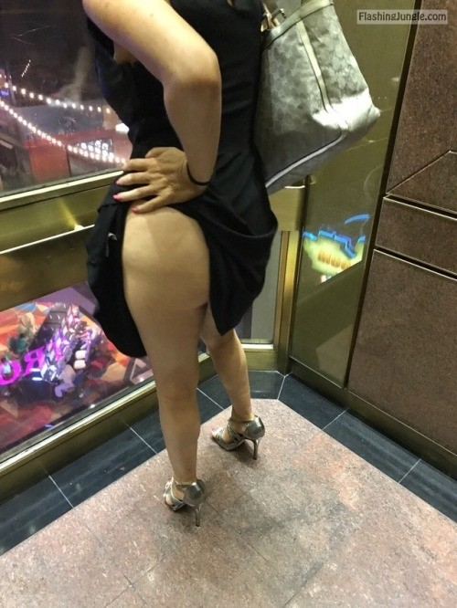 Public Flashing Pics No Panties Pics