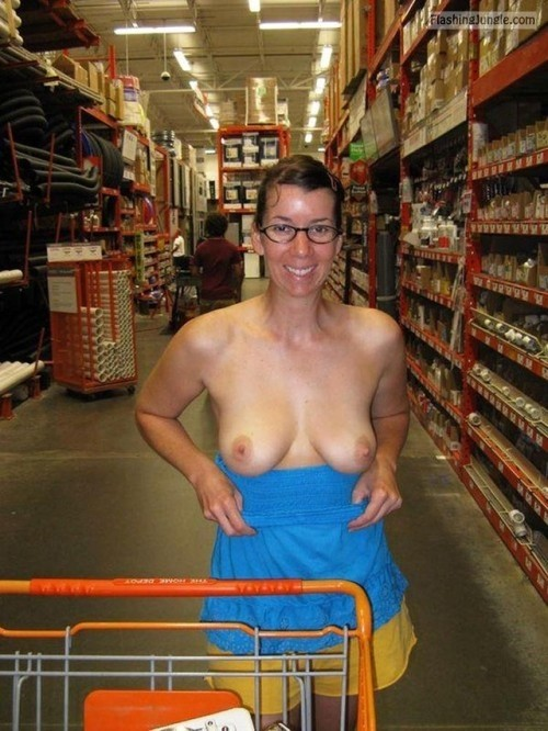 Public Flashing Pics MILF Flashing Pics Flashing Store Pics Boobs Flash Pics