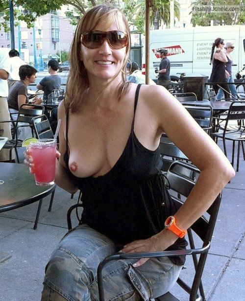 Photo public flashing milf pics howife boobs flash
