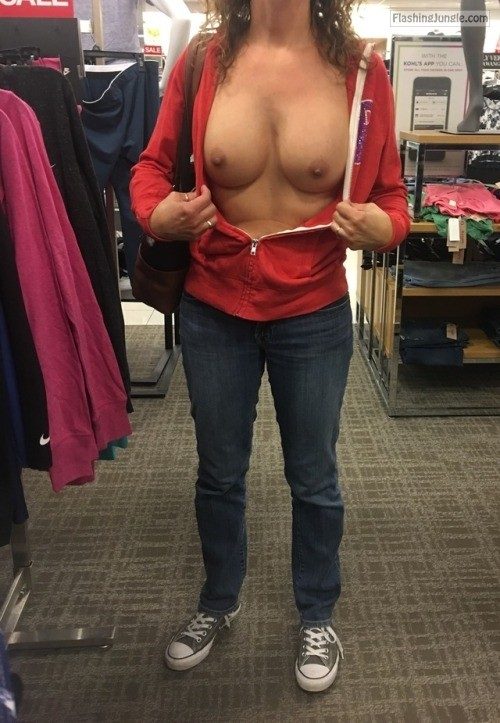 Photo public flashing milf pics flashing store boobs flash