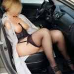 Curvy blonde cougar sexy underwear in car