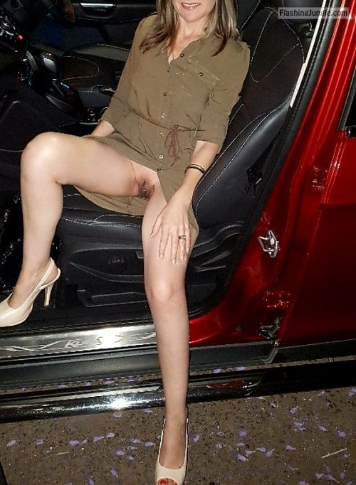 No underwear night out sitting in car upskirt pussy flash public flashing no panties milf pics howife bitch