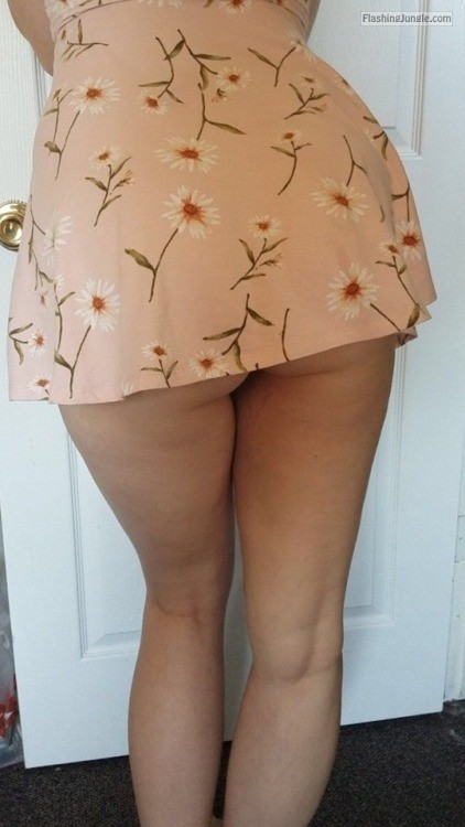 My wife in very short dress upskirt no panties howife