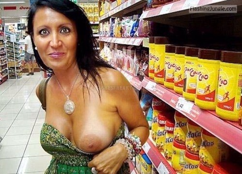 Tanned milf vacation fun milf pics flashing store boobs flash