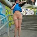Jeny Smith: Blue skirt high up