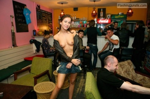 Teen Flashing Pics Public Flashing Pics Boobs Flash Pics - Teen boobs in local pub