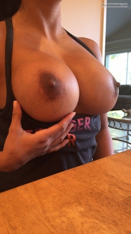 Public Flashing Pics Boobs Flash Pics - Big round veiny tits out at restaurant