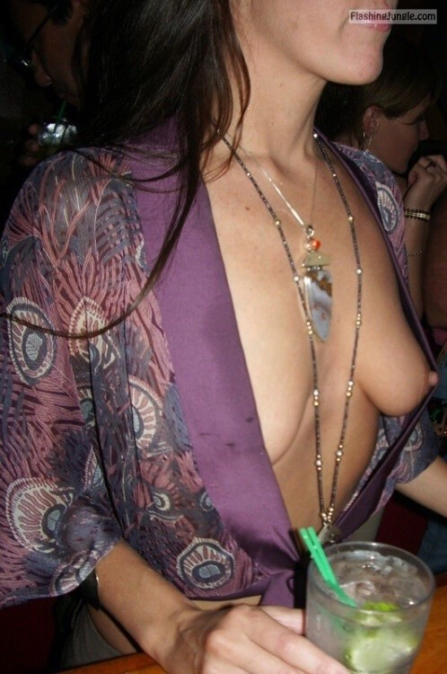 Last night at club: Accidental side boob no bra voyeur public flashing pokies pics boobs flash