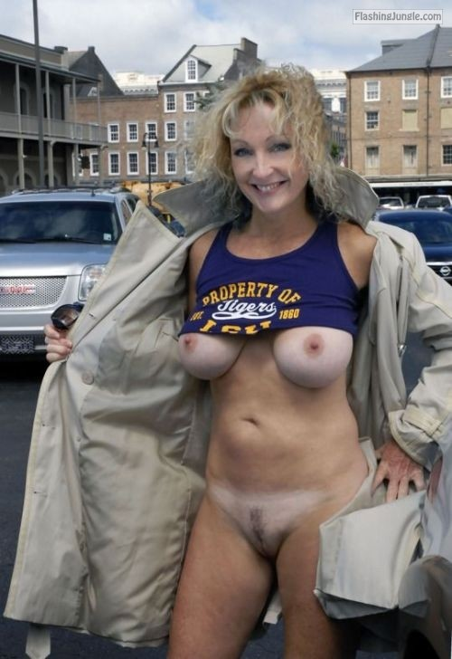 Cougar blonde flashing big tits: open front coat no underwear pussy flash public flashing no panties milf pics boobs flash