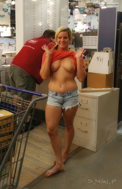 nikikittenniki: Stopped at Lowes in Scottsdale I got some new... public sex