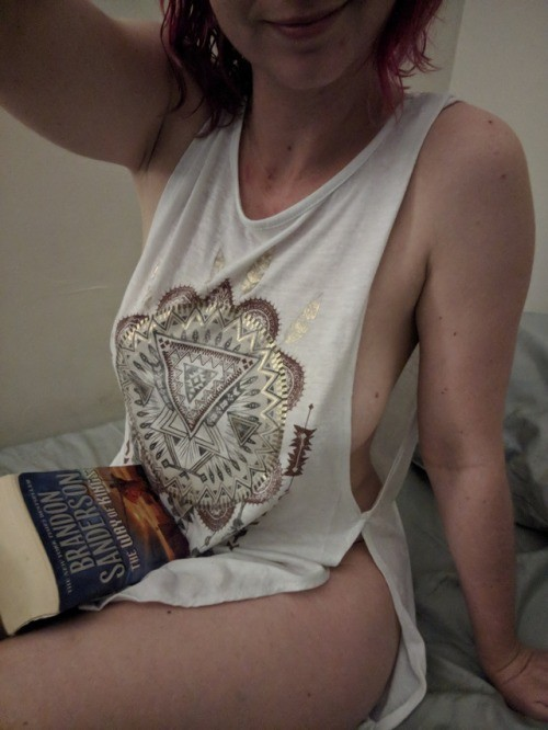 indecentlymeek: Good night tumblr. 😘 Nighty night no panties
