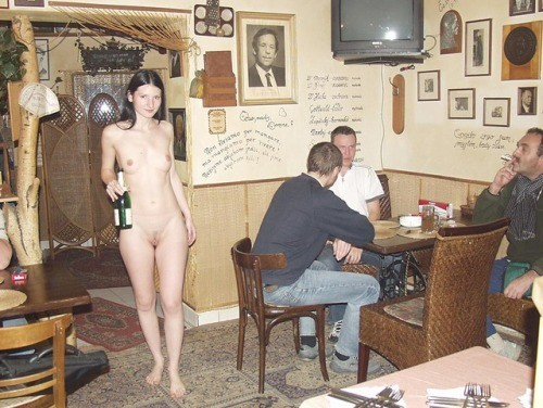 nakedgeekgirl: onlyonen: Naked waitress Helga I did the naked... public flashing