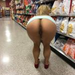 shoppingbabes5: Ass flash at the potato chips section …