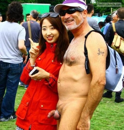 girl wife: 白人与亚洲妹子! Follow me for more public exhibitionists:... public flashing