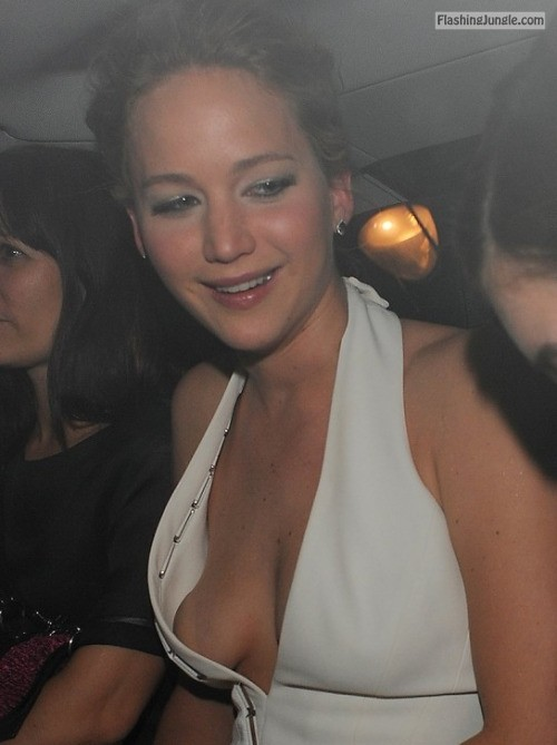hottestcelebrities:Jennifer Lawrence ooh.. smale breasts.. wow