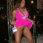 commandopussymarvel: Pantyless black babe in pink