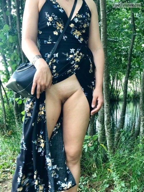 letussharewithyou: Raw nature meets citygirl 👌👌👌 /Master no panties