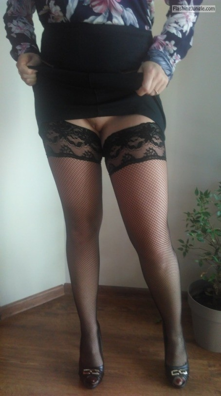 Going out knickerless in slutty stockings upskirt pussy flash no panties milf pics howife bitch