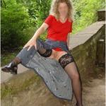 Auf der Mauer, auf der Lauer – stockings and red blouse