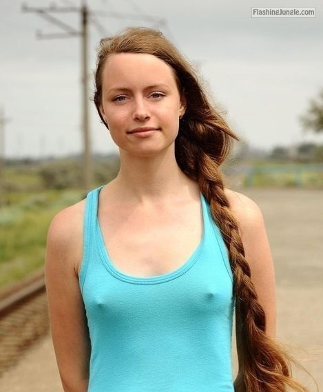 Pokies  under turquoise tank top in public pokies pics