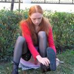 Bottomless ginger exposed pussy while changing shoes in park