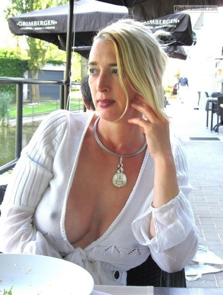 Boobs flash gallery