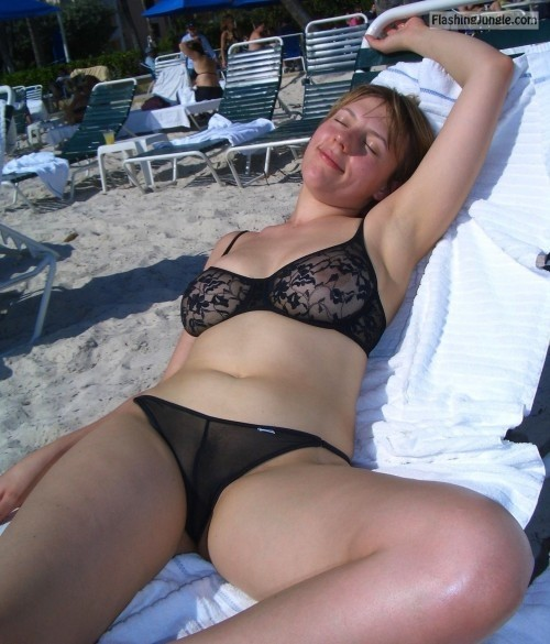 Beach dare. public flashing