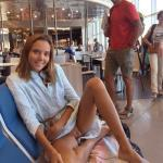 Katya Clover happy without panties on the airport