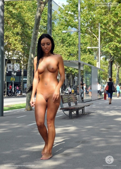 Hot Chicks Flashing In Public - Page 1742 - Yellow Bullet Forums-9086