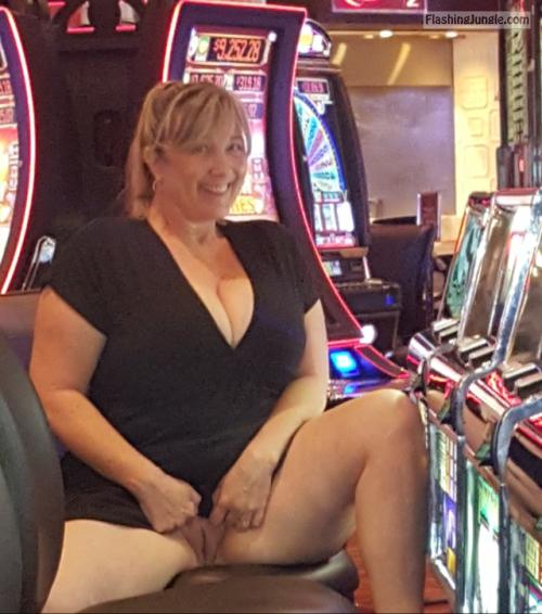 Photo No Panties Pics, Public Flashing Pics, Pussy Flash -6122