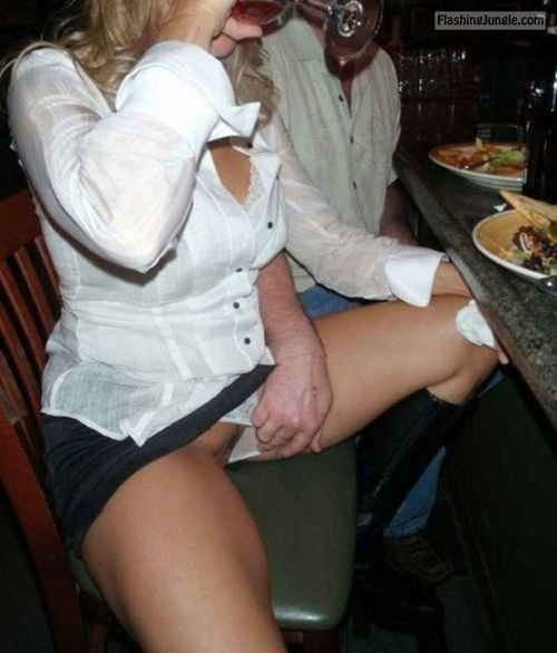 Hun moving panties aside of his wife at restaurant pussy flash public flashing milf pics howife