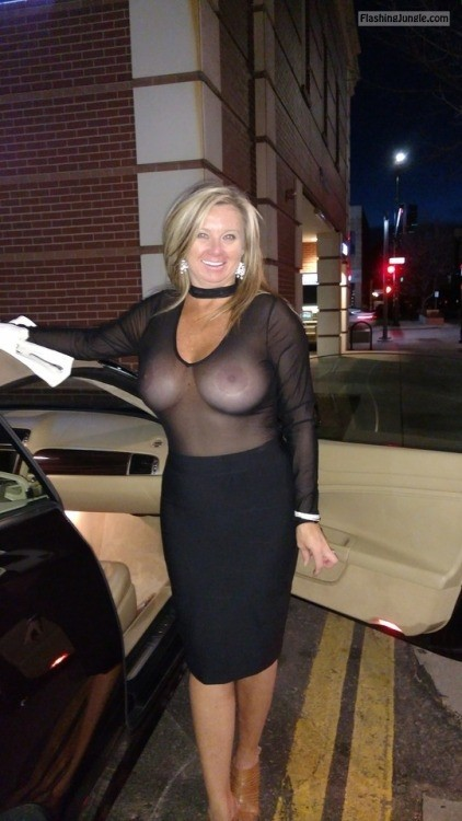 Luxury cougar big tits no bra see through blouse public flashing milf pics mature howife boobs flash