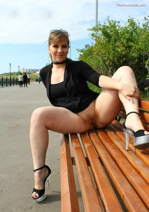 Pantieless GF with black neckband and high heels at park pussy flash public flashing no panties milf pics howife