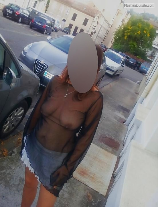 Regards from France: Pantyless slut wife no bra upskirt public flashing no panties milf pics howife boobs flash bitch