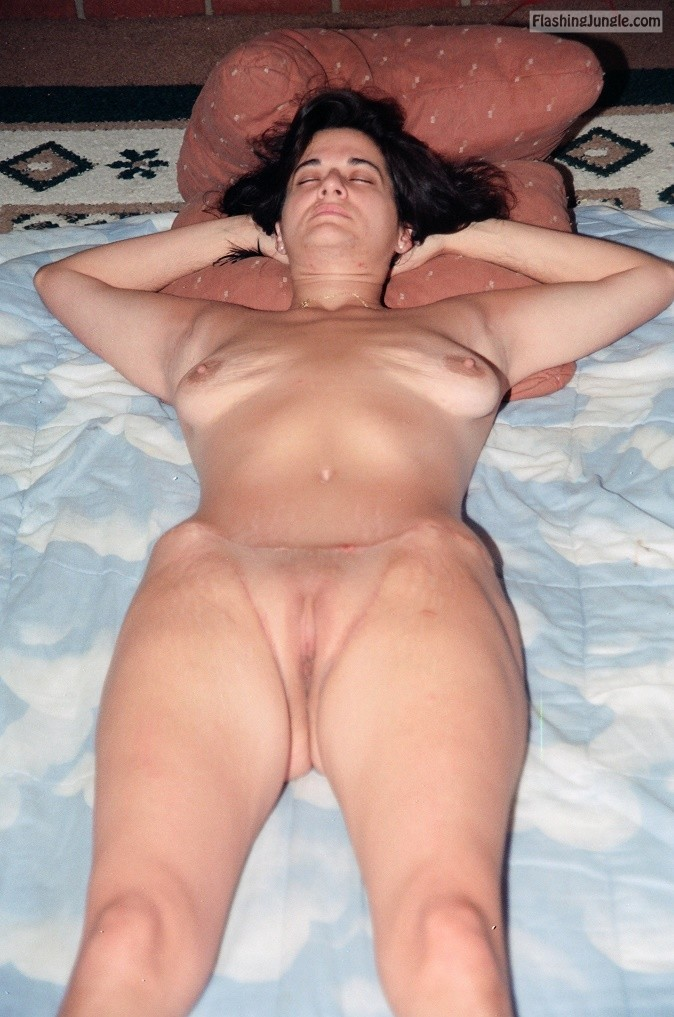 Nude sexy military women