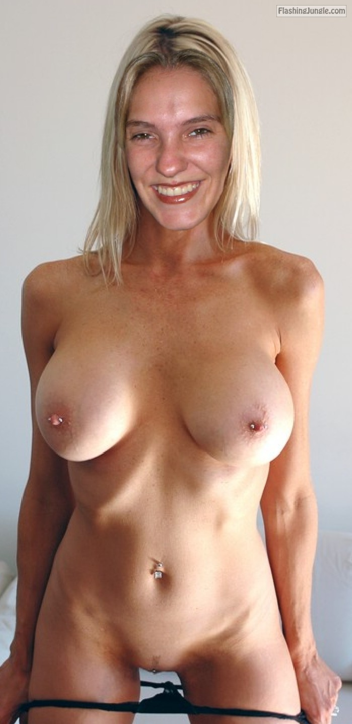 Real Nudity Pussy Flash Pics Boobs Flash Pics