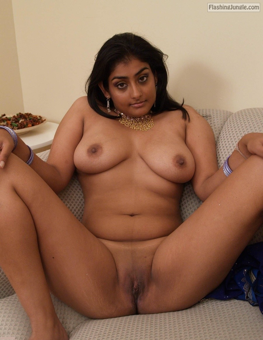 Tiny shaved desi cunt flashing