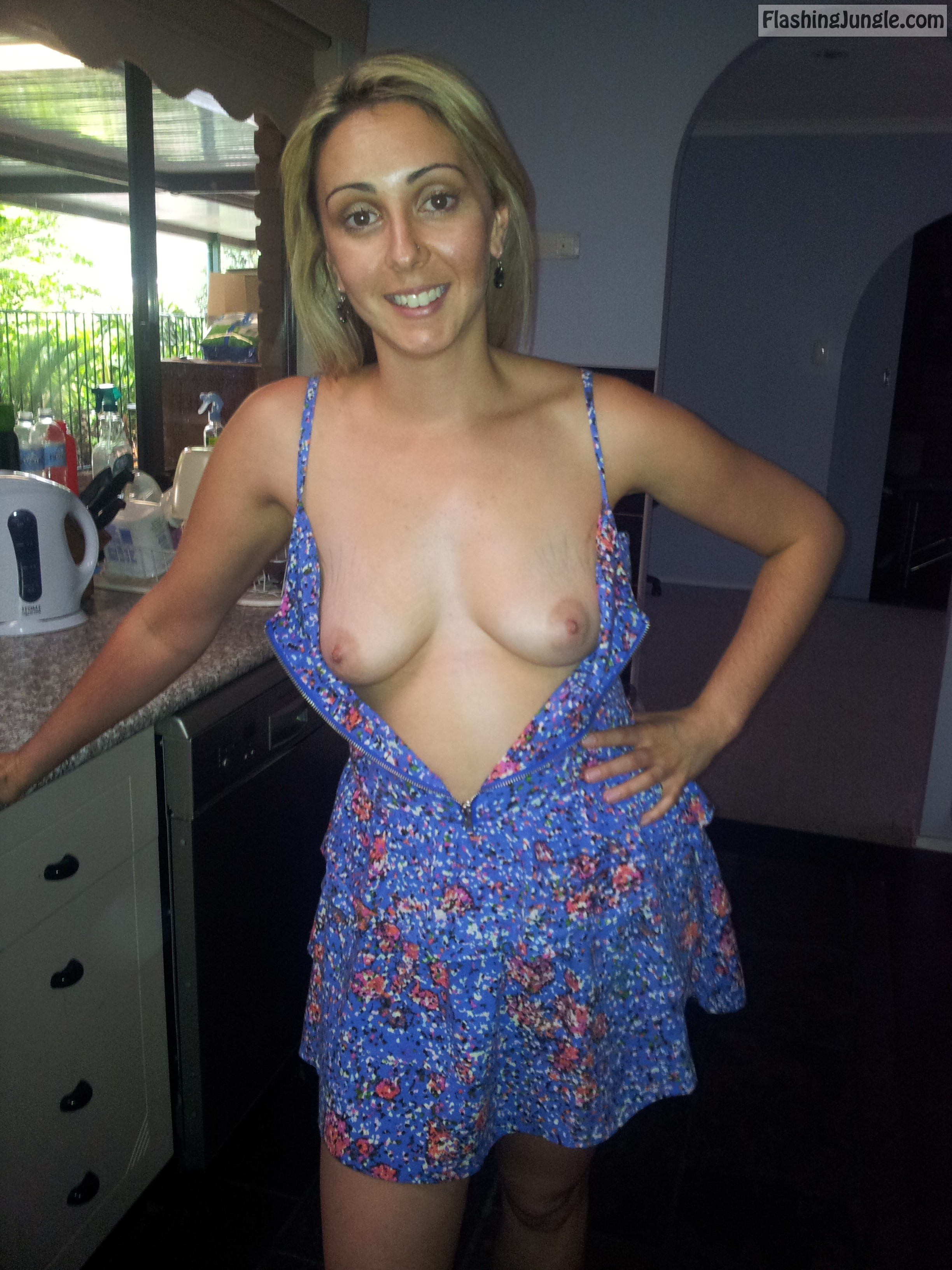 Aussie Melanie shows her tits real nudity