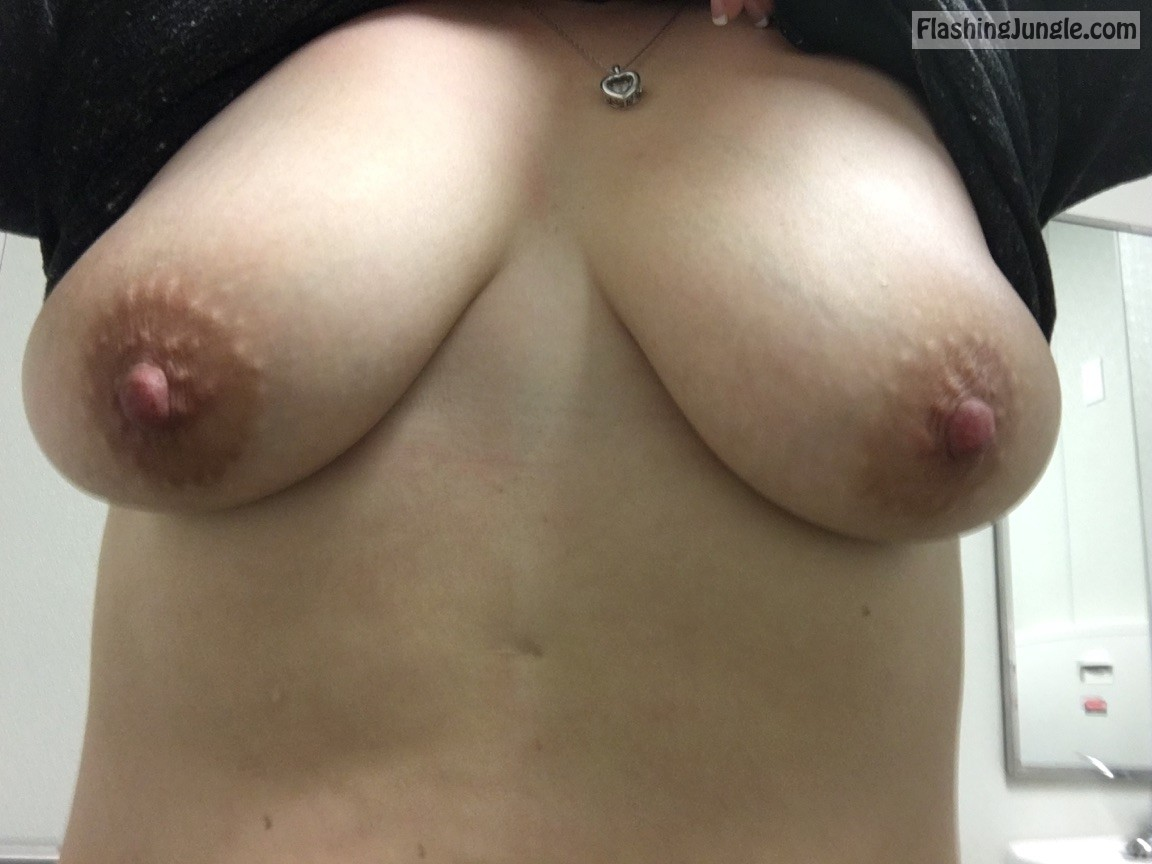 Real Nudity Boobs Flash Pics