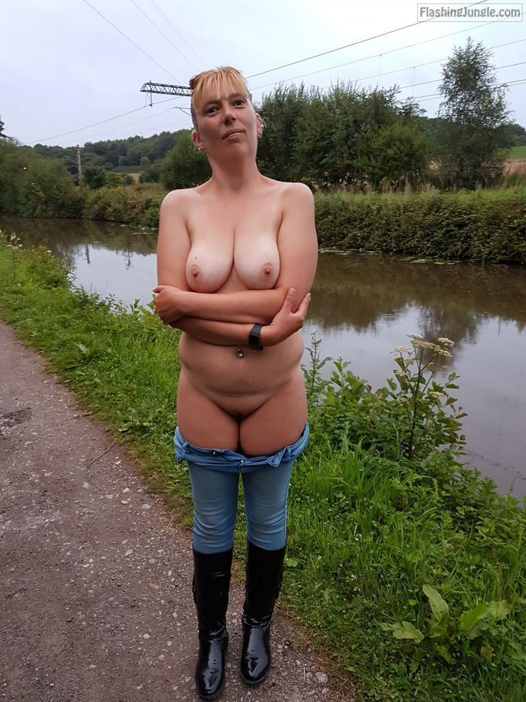 Flashing my curvy body by the river pussy flash no panties milf pics boobs flash