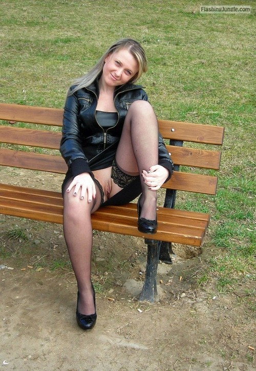 tumblr p172tgB2Os1we4aiuo1 500 upskirt public flashing no panties