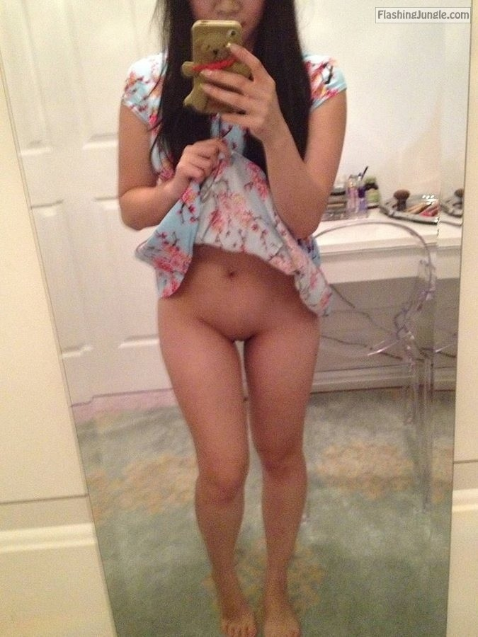 Bitch Flashing Pics