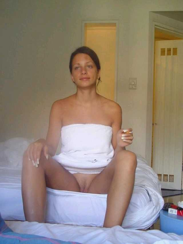Real Nudity Hotwife Pics