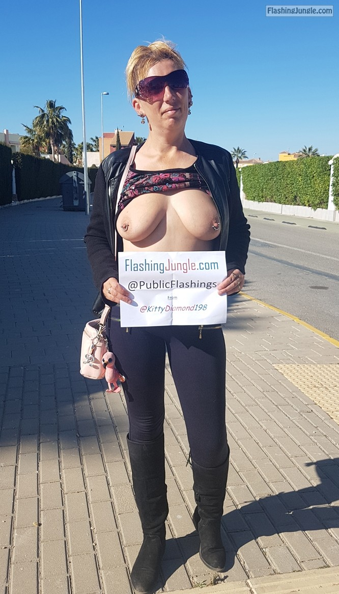 Real Amateurs Public Flashing Pics MILF Flashing Pics Hotwife Pics Boobs Flash Pics