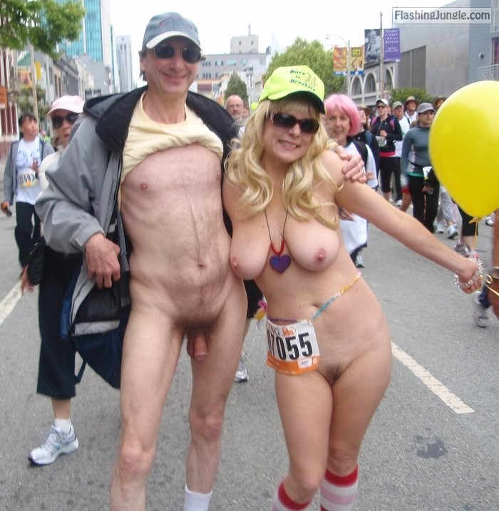 Naked couple San Francisco Bay to Breakers real nudity