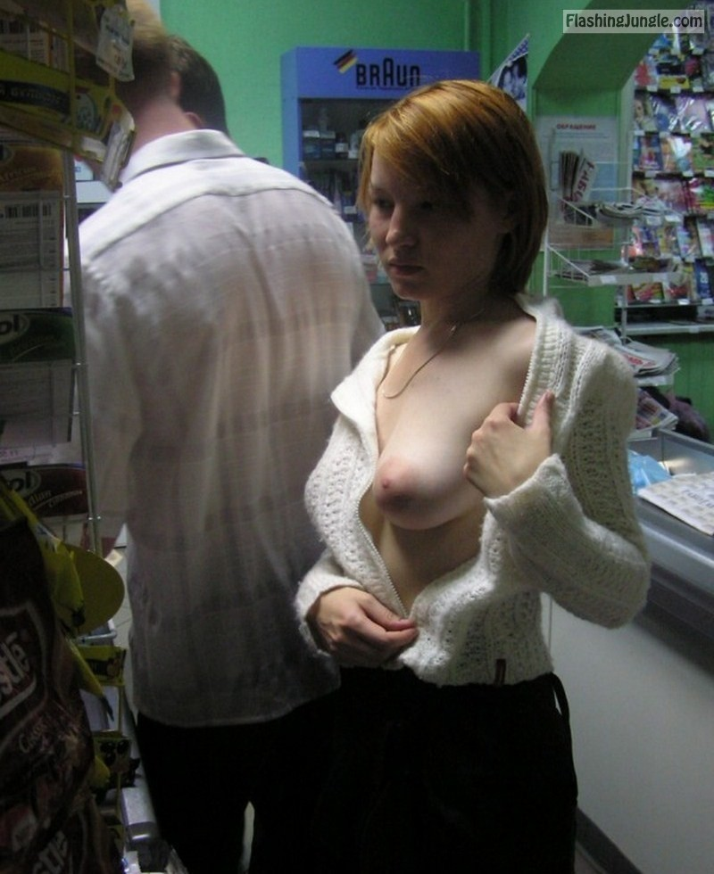 Teen Flashing Pics Flashing Store Pics Boobs Flash Pics