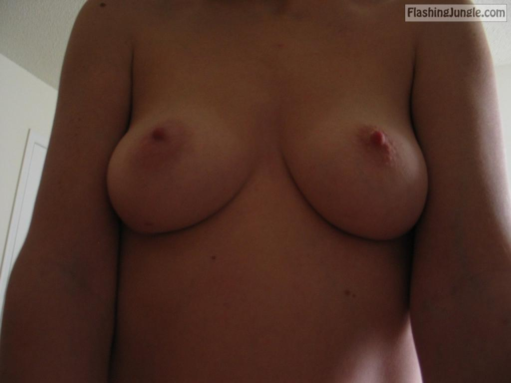 tumblr p11fhpnmn31vod3t8o1 1280 public flashing